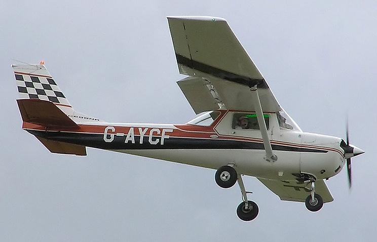 Легкомоторный самолет Cessna-150