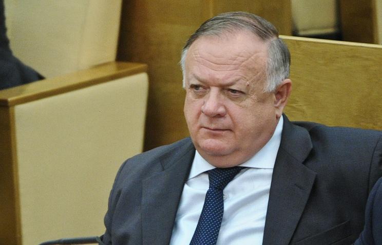 Председатель комитета ГД по обороне Виктор Заварзин