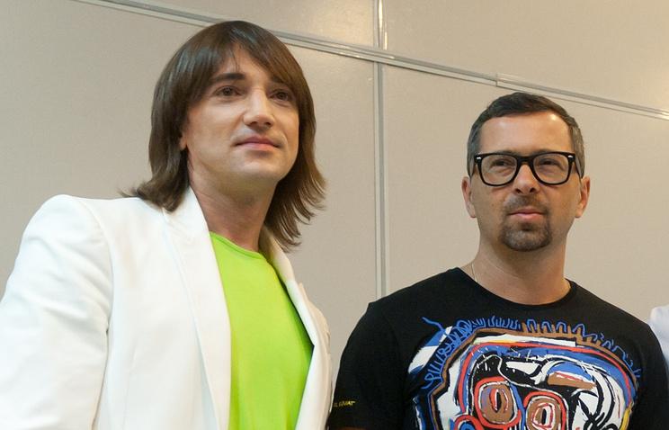 Музыканты Николай Тимофеев и Алексей Рыжов (слева направо)
