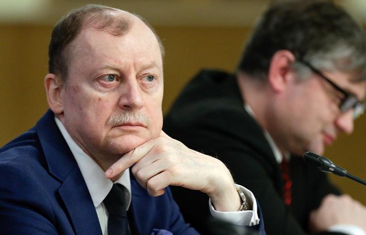 Вадим Луков (слева)