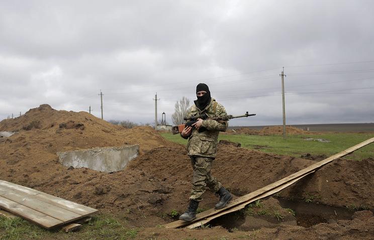 Украинские военнослужащие в поселке Широкине