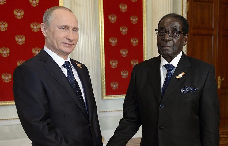 Президент России Владимир Путин и президент Республики Зимбабве Роберт Мугабе