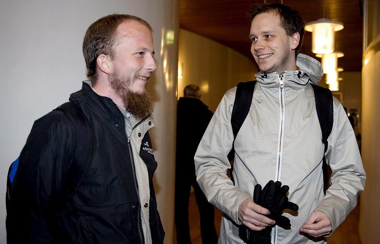 Датчанин Готтфрид Свартхольм Варг (слева)