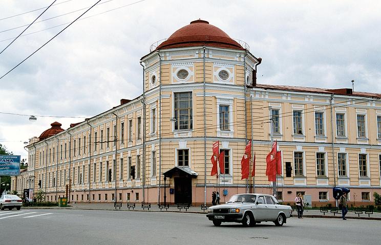 Архив. Вид на акушерскую клинику Сибирского государственного медицинского университета