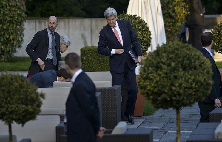 Джон Керри во время переговоров урегулированию иранской ядерной программы, Лозанна