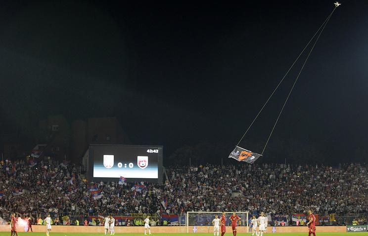 Эпизод из матча между сборными Албании и Сербии