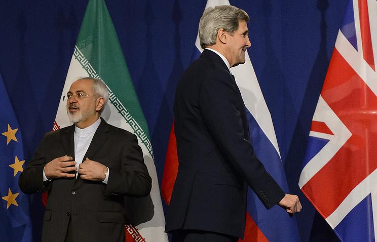 Министр иностранных дел Ирана Мохаммад Джавад Зариф и госсекретарь США Джон Керри