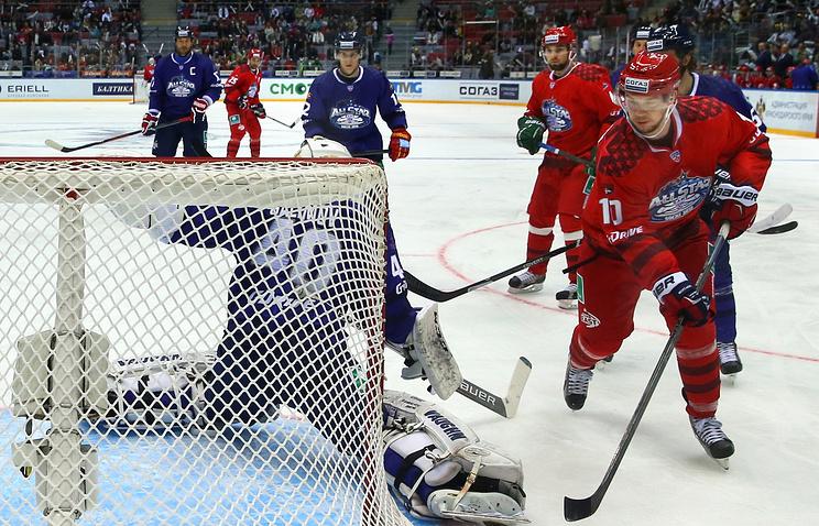 Эпизод из матча звезд КХЛ-2015