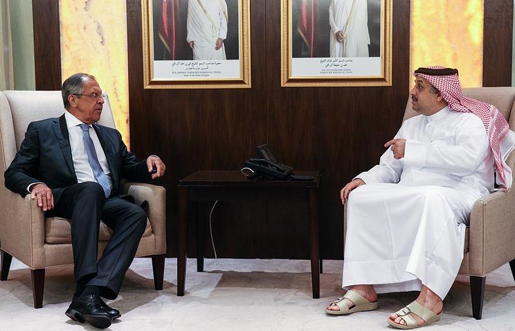 Министр иностранных дел России Сергей Лавров и глава МИД Катара Халед бен Мухаммед аль-Атыйя