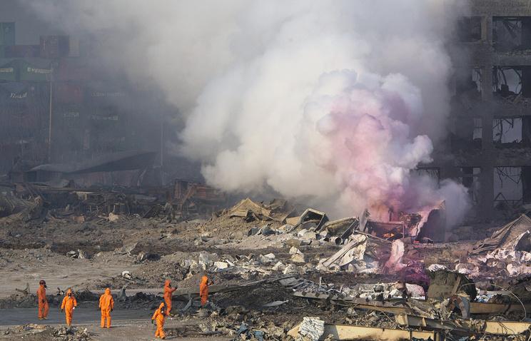 Последствия взрыва на складе в Тяньцзине , 14 августа 2015 года