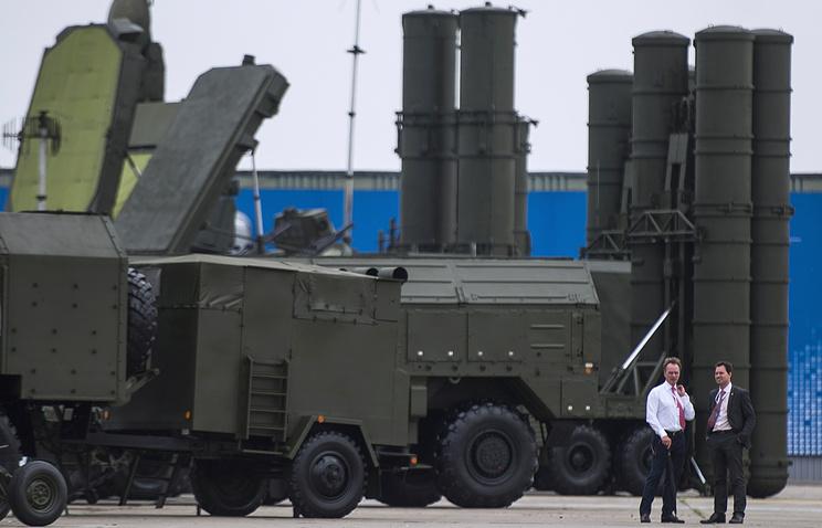 Зенитный ракетный комплекс С-400