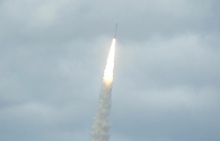 """Старт ракеты-носителя """"Союз-СТ-Б"""" с космодрома Куру во Французской Гвиане"""