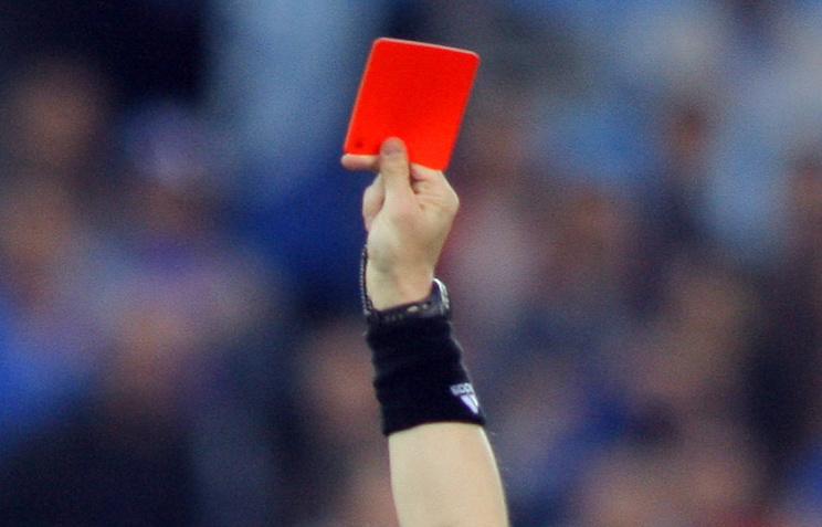 ВАргентине футболист застрелил судью закрасную карточку