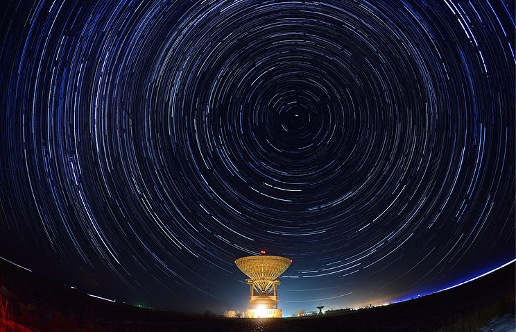 Телескоп впервый раз вмире снял изменение блеска черной дыры