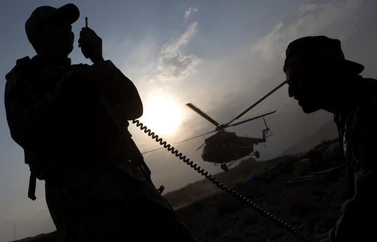 Освобожденный изплена афганских талибов житель россии вылетел в российскую столицу