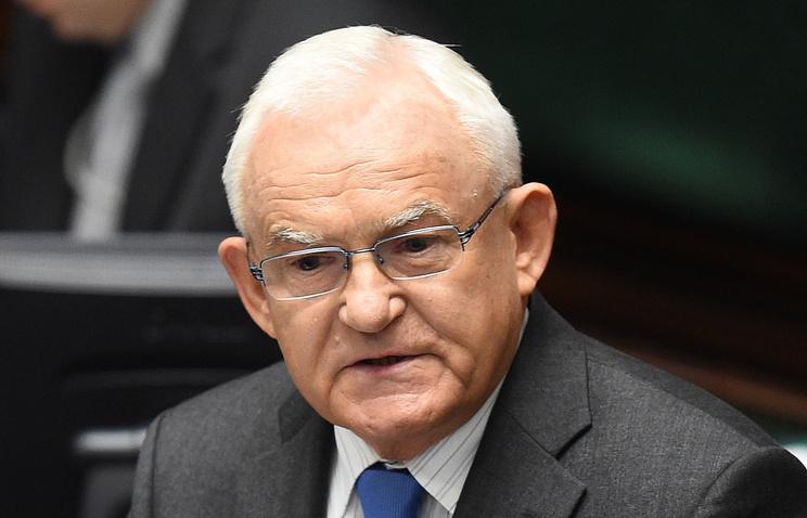 Бывший премьер-министр Польши: русофобия стала официальной национальной доктриной