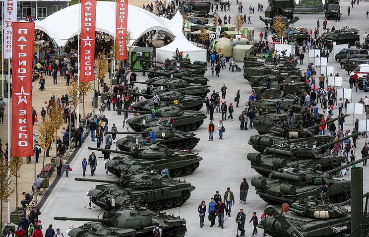 Нафоруме «Армия-2016» представили более 100 единиц военной техники