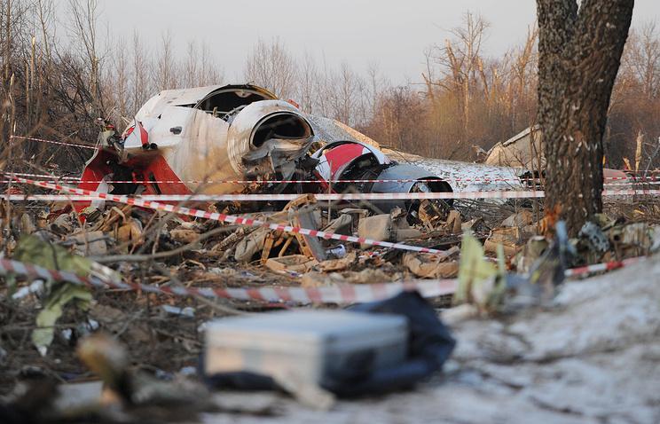 Польша возобновила дело против военных прокуроров поделу окатастрофе под Смоленском