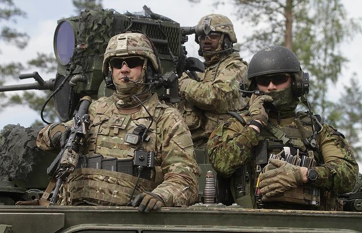 ВЭстонии квесне 2017-ого года разместят 800 английских военнослужащих