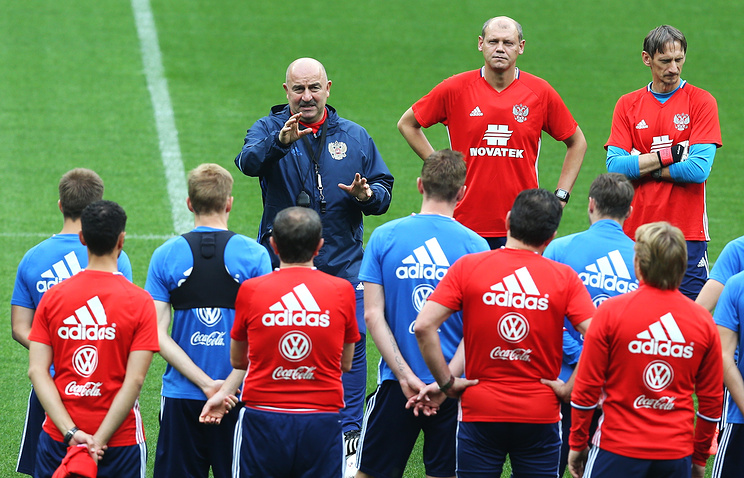 Сборная Российской Федерации завершит 2016 год врейтинге ФИФА сразу заИзраилем