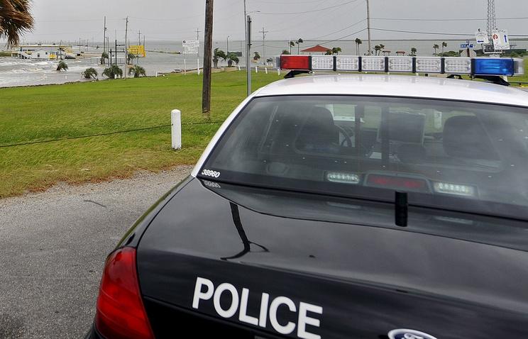 Офицера милиции США убили впатрульной машине