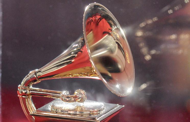 Адель иБейонсе номинированы напремию Грэмми втрёх авторитетных категориях