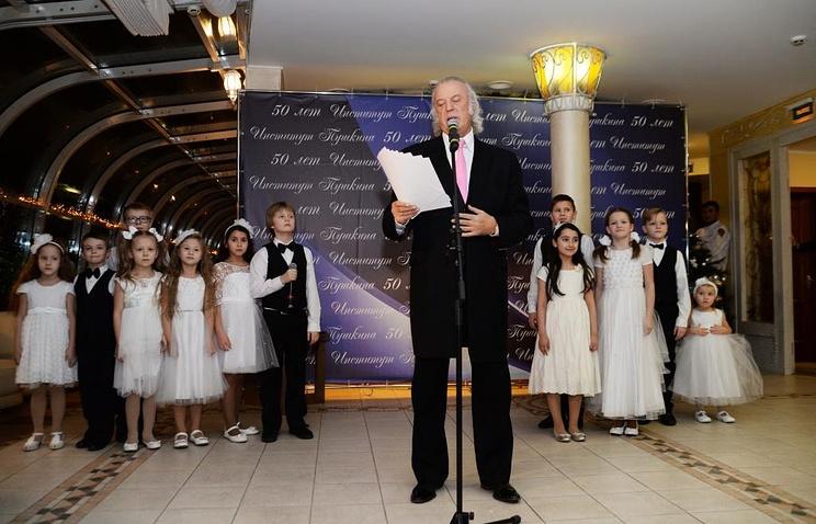 Поэт-песенник Илья Резник на церемонии вручения премии Института Пушкина