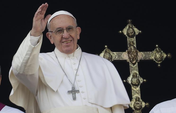 Папа римский Франциск обратился срождественским посланием