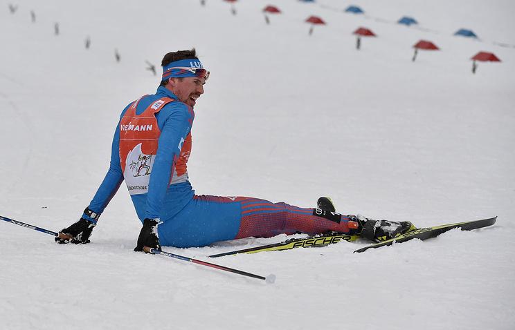 Русский лыжник Устюгов одержал победу 15-километровую гонку преследования