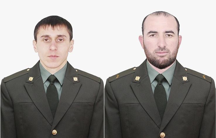 Рядовой Хамзат Хашумов и ефрейтор Бекхан Хутаев