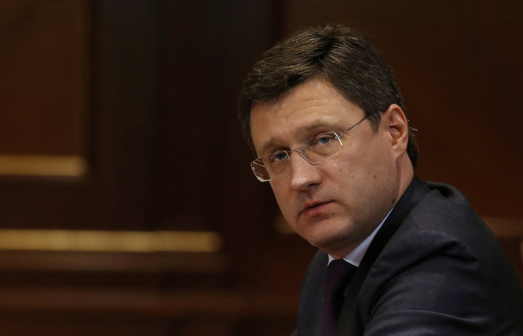 Российская Федерация исполняет соглашение осокращении добычи нефти опережающими темпами -- Новак