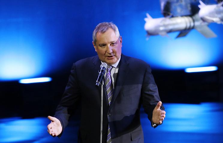 Ил-112 планируют поднять внебо к1июля— Рогозин
