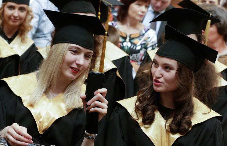 Треть русских выпускников идут работать непопрофессии— Исследование