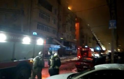 ВКраснодаре потушили сверепый пожар вмногоэтажке-самострое