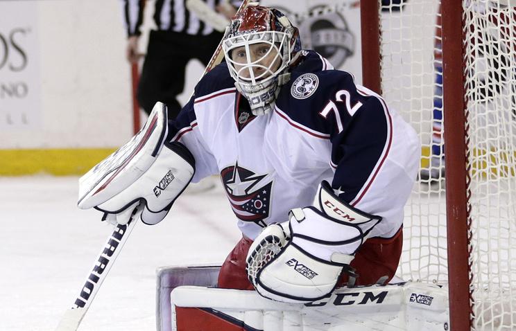 Вратарь «Коламбуса» Бобровский номинирован напремию НХЛ заверность хоккею