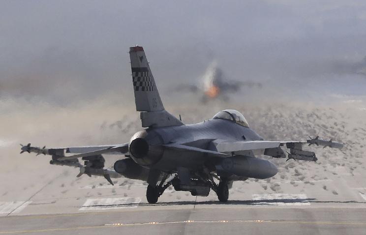 США приняли решение реализовать Бахрейну истребители F-16