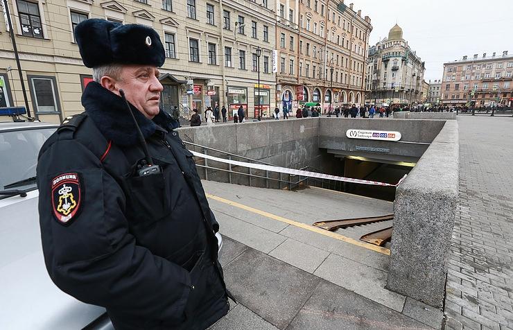 Источник сказал о проверке вероятных связей петербургского террориста сИГ