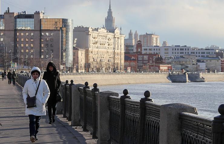 Кое-где  небольшой дождь идо13 градусов тепла ожидаются вМосковском регионе