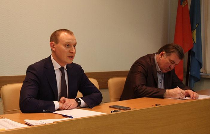 Павел Соболев (слева)