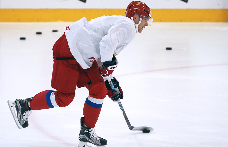 ХКСКА выкупил учелябинского «Трактора» права нафорварда Евгения Кузнецова