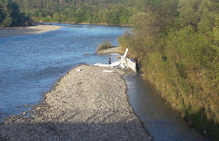 Разбился самолет сроссийскими туристами— Авиакатастрофа вАбхазии