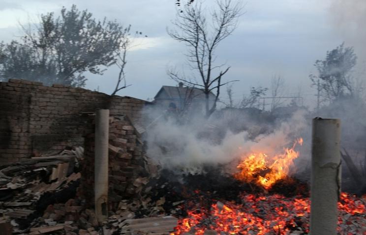 Граждан волгоградского хутора начали эвакуировать из-за пожара