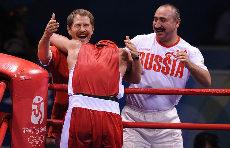 Хрюнов: Чахкиеву давно следовало закончить карьеру вбоксе