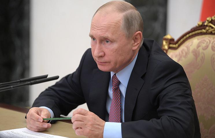 Путин поручил проработать вопрос о повышении ответственности за незаконные автоперевозки