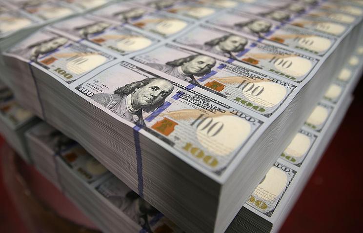 Министр финансов анонсировал покупку валюты на122 млрд 800 миллионов руб.