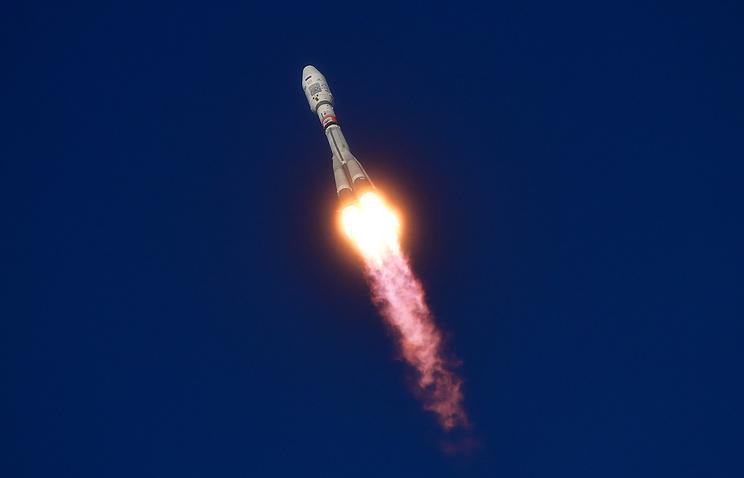 """Запуск ракеты-носителя """"Союз-2.1б"""" на космодроме Восточный"""