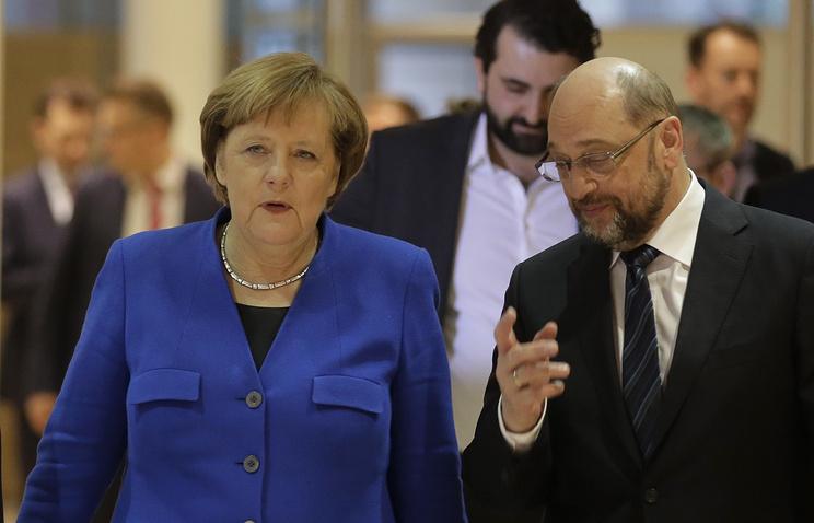 Лидер Христианско-демократическо и Христианско-социального союзов канцлер Германии Ангела Меркель и лидер социал-демократической парти