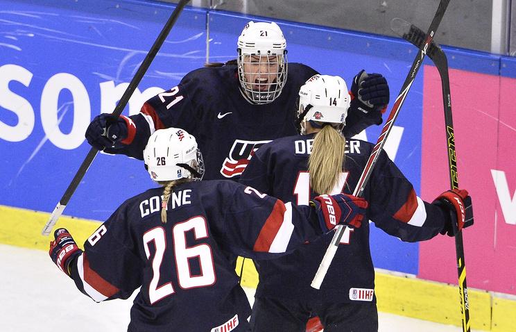 Хоккеистки молодежной сборной США
