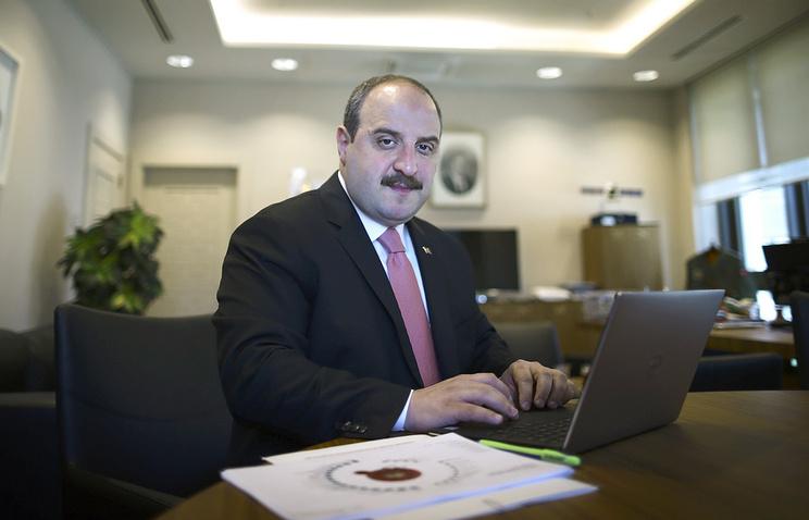 Министр промышленности и технологий Турции Мустафа Варанк