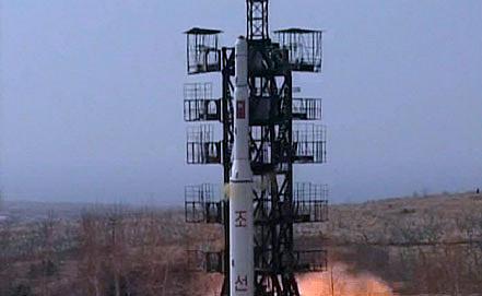 """Ракета-носитель """"Ынха-2"""". Фото ЕРА/ИТАР-ТАСС"""